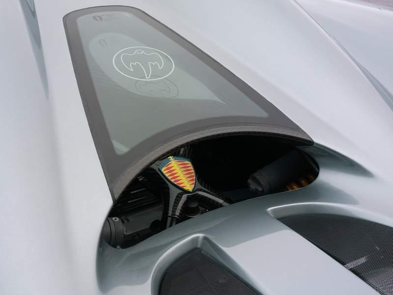 Pod lupou: Koenigsegg CCX - hurikán ze Švédska: - fotka 11