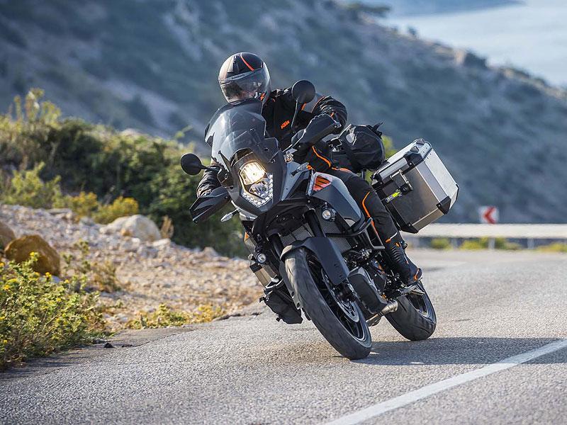 Motocyklové novinky z výstavy EICMA (2. díl): - fotka 94