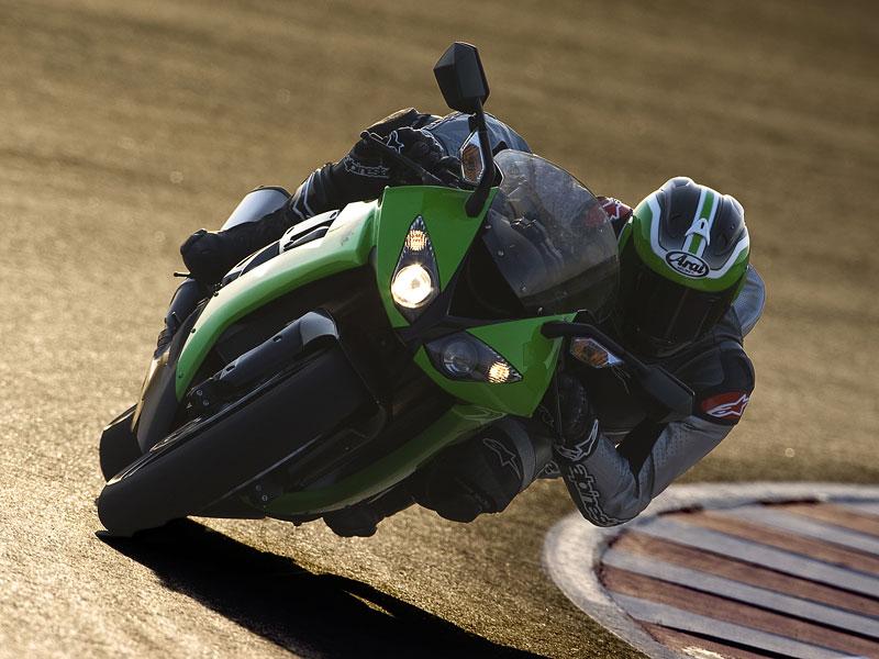 Kawasaki ZX-10R Ninja 2008 má 200 koní! (představení): - fotka 8