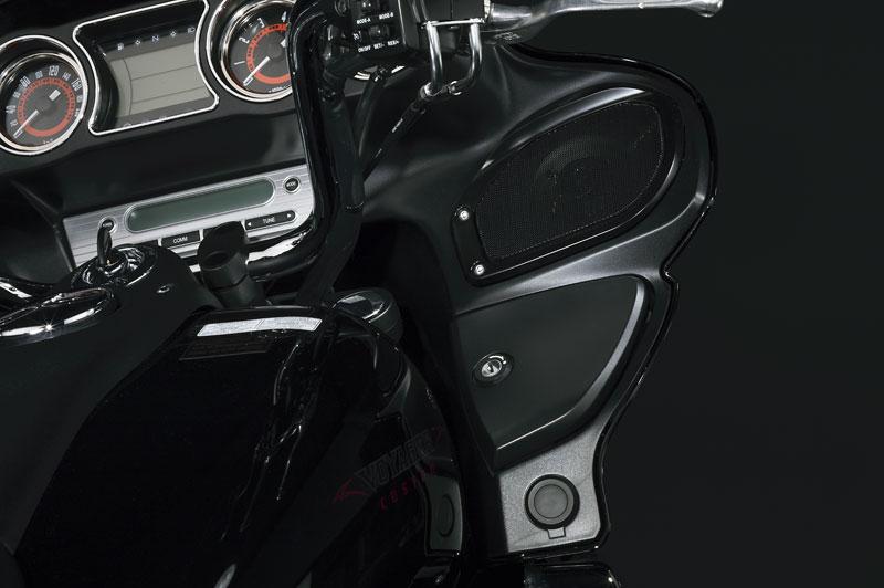Kawasaki Classics 2011 - W800 a VN1700 Custom: - fotka 5