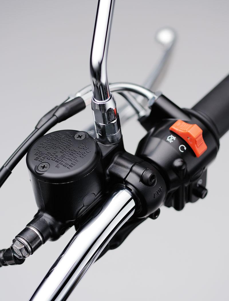 Kawasaki Classics 2011 - W800 a VN1700 Custom: - fotka 30