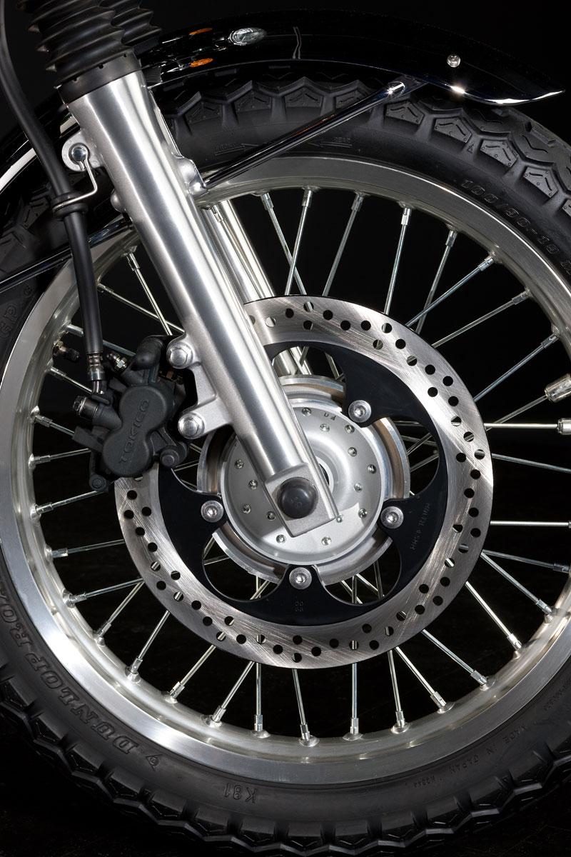 Kawasaki Classics 2011 - W800 a VN1700 Custom: - fotka 54