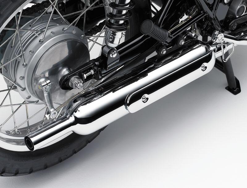 Kawasaki Classics 2011 - W800 a VN1700 Custom: - fotka 56