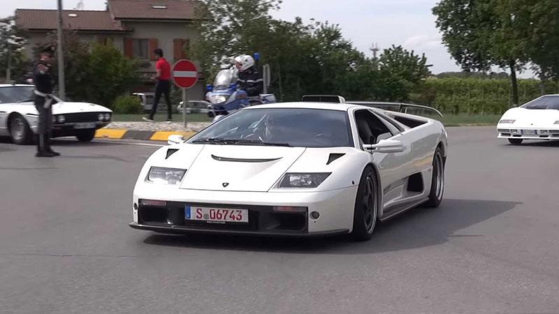 Poslechněte si vzácné Lamborghini Diablo GT. Automobilka jich vyrobila jen 80: - fotka 5