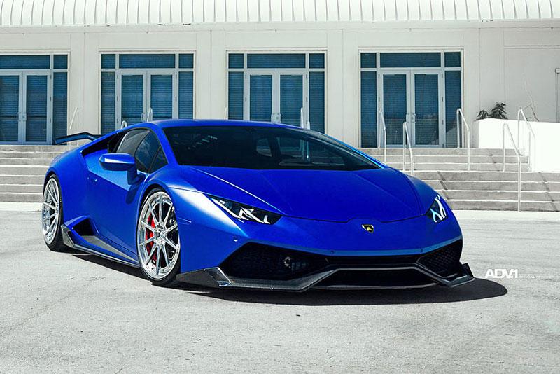 Přitažlivé Lamborghini Huracán LP 610-4 s přiostřenou vizáží i technikou: - fotka 2
