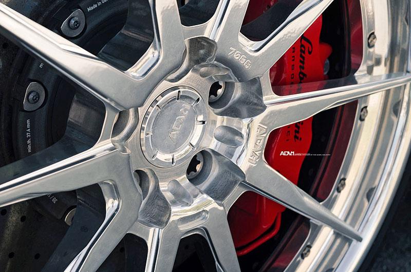 Přitažlivé Lamborghini Huracán LP 610-4 s přiostřenou vizáží i technikou: - fotka 9