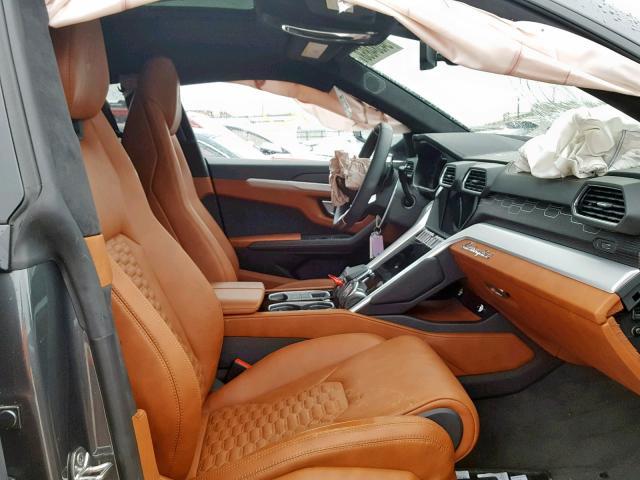Tohle je zřejmě nejlevnější Lamborghini Urus na světě. I poškozené stojí miliony: - fotka 2