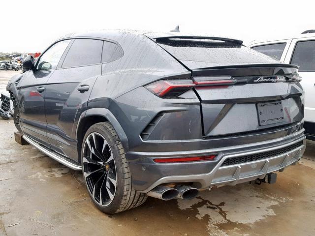 Tohle je zřejmě nejlevnější Lamborghini Urus na světě. I poškozené stojí miliony: - fotka 7