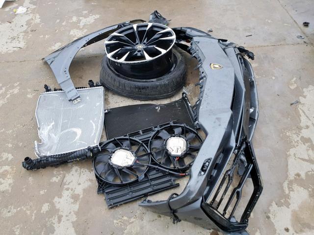 Tohle je zřejmě nejlevnější Lamborghini Urus na světě. I poškozené stojí miliony: - fotka 9