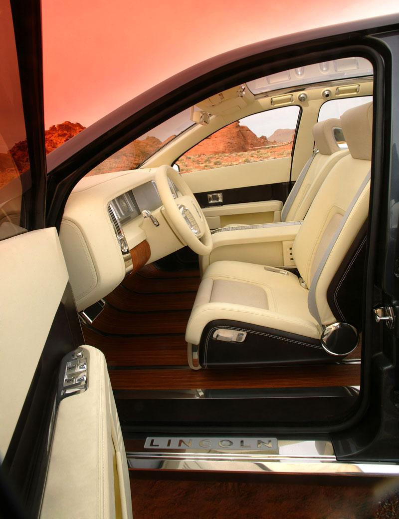 Ford prodává koncepty: je libo solitér?: - fotka 40