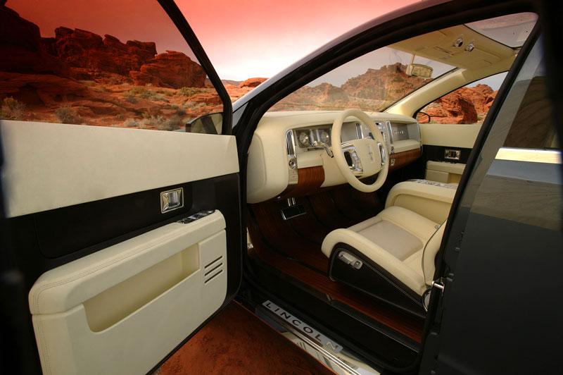 Ford prodává koncepty: je libo solitér?: - fotka 41