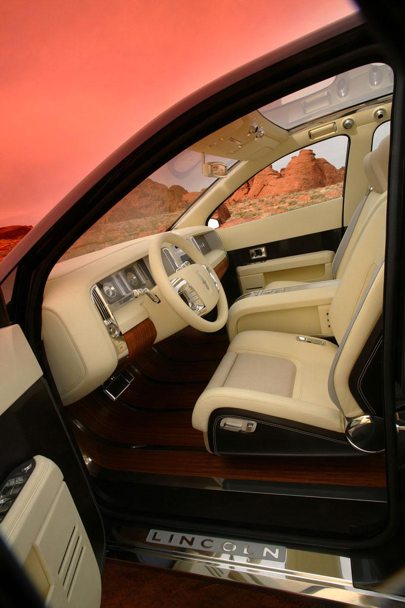 Ford prodává koncepty: je libo solitér?: - fotka 43