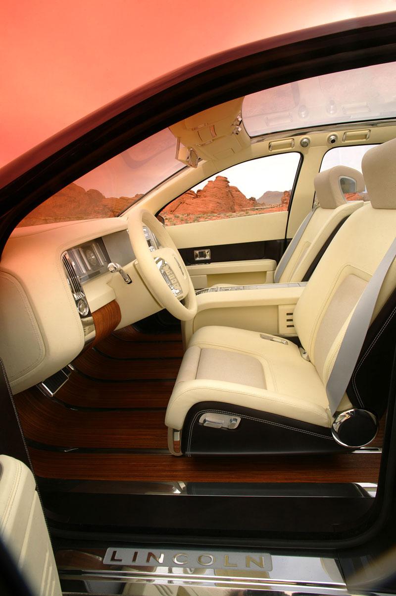 Ford prodává koncepty: je libo solitér?: - fotka 45