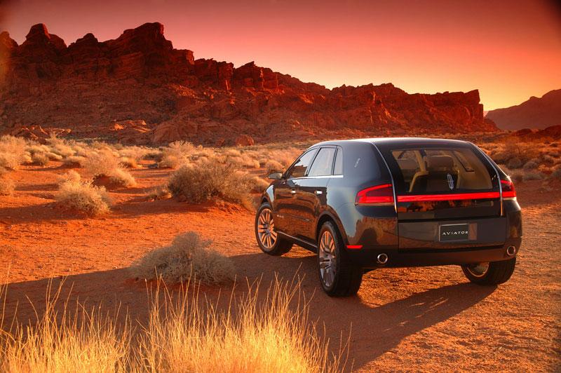 Ford prodává koncepty: je libo solitér?: - fotka 52