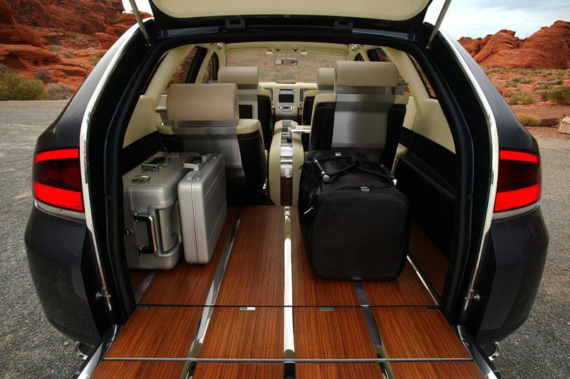Ford prodává koncepty: je libo solitér?: - fotka 54