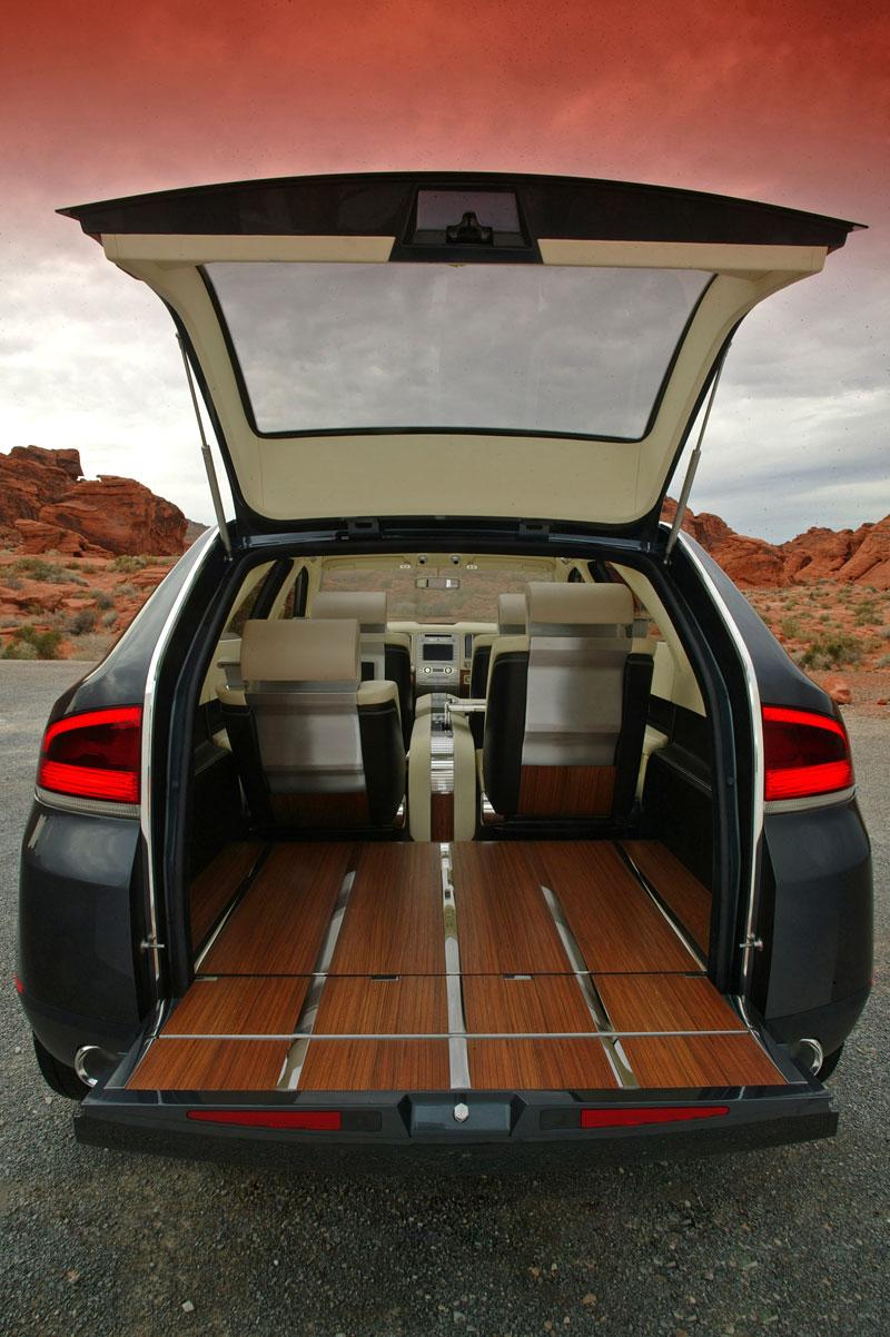 Ford prodává koncepty: je libo solitér?: - fotka 55