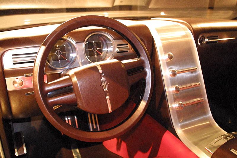 Ford prodává koncepty: je libo solitér?: - fotka 63