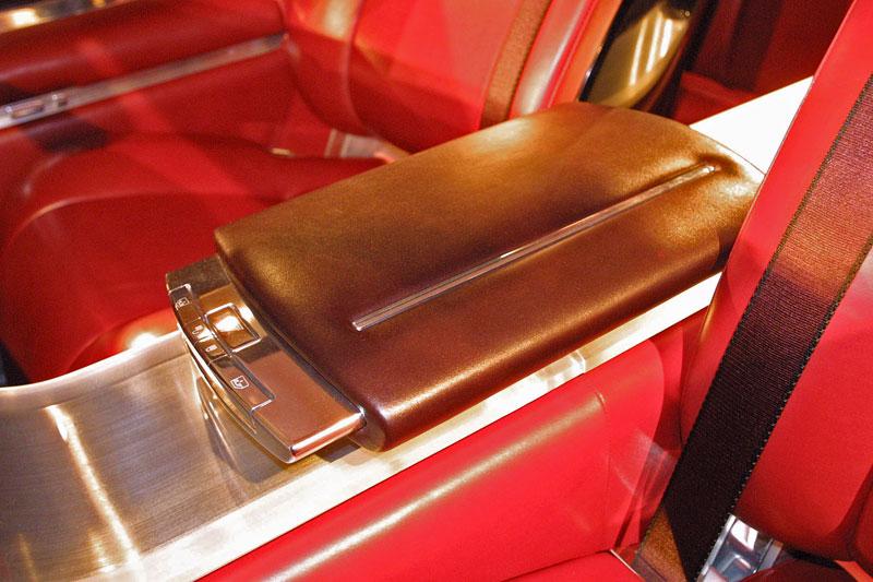 Ford prodává koncepty: je libo solitér?: - fotka 65
