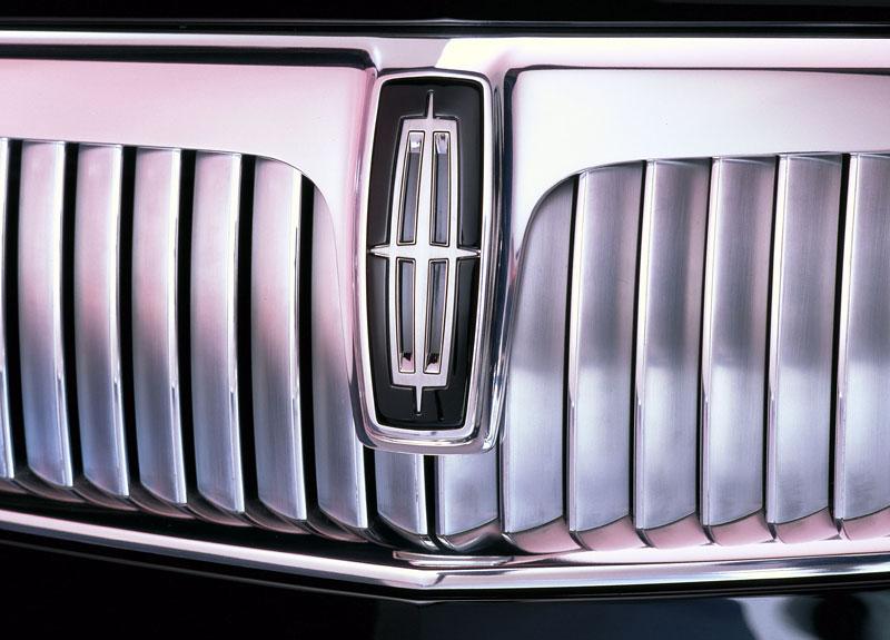 Ford prodává koncepty: je libo solitér?: - fotka 77