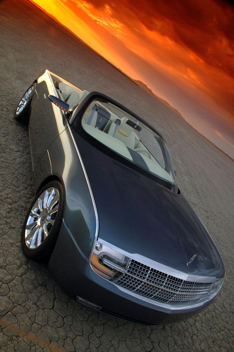 Ford prodává koncepty: je libo solitér?: - fotka 119