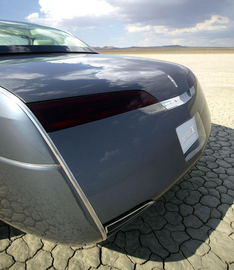 Ford prodává koncepty: je libo solitér?: - fotka 129