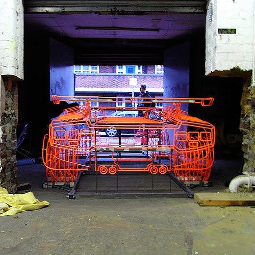 Lamborghini Countach z ocelových trubiček: Benedict Radcliffe opět na scéně: - fotka 3