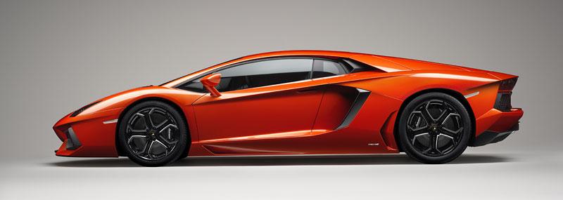 Ženeva 2011 živě: Lamborghini Aventador LP700-4: - fotka 91