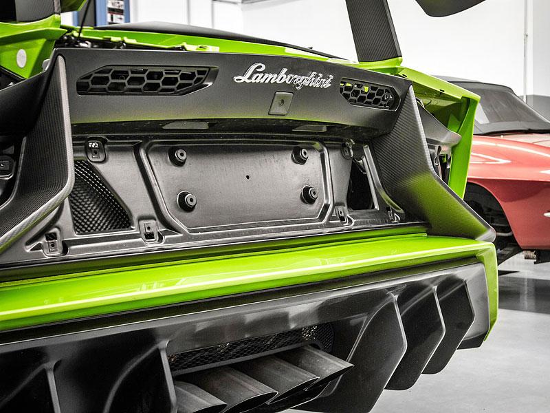 Lamborghini Aventador LP 750-4 SV na návštěvě u mcchip-dkr: - fotka 12