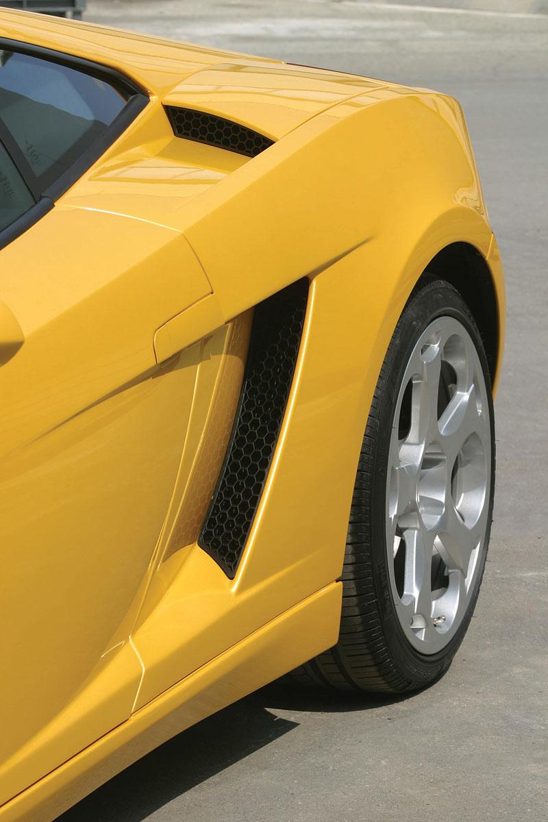 Lamborghini Gallardo: vyrobeno už 10 tisíc exemplářů: - fotka 15
