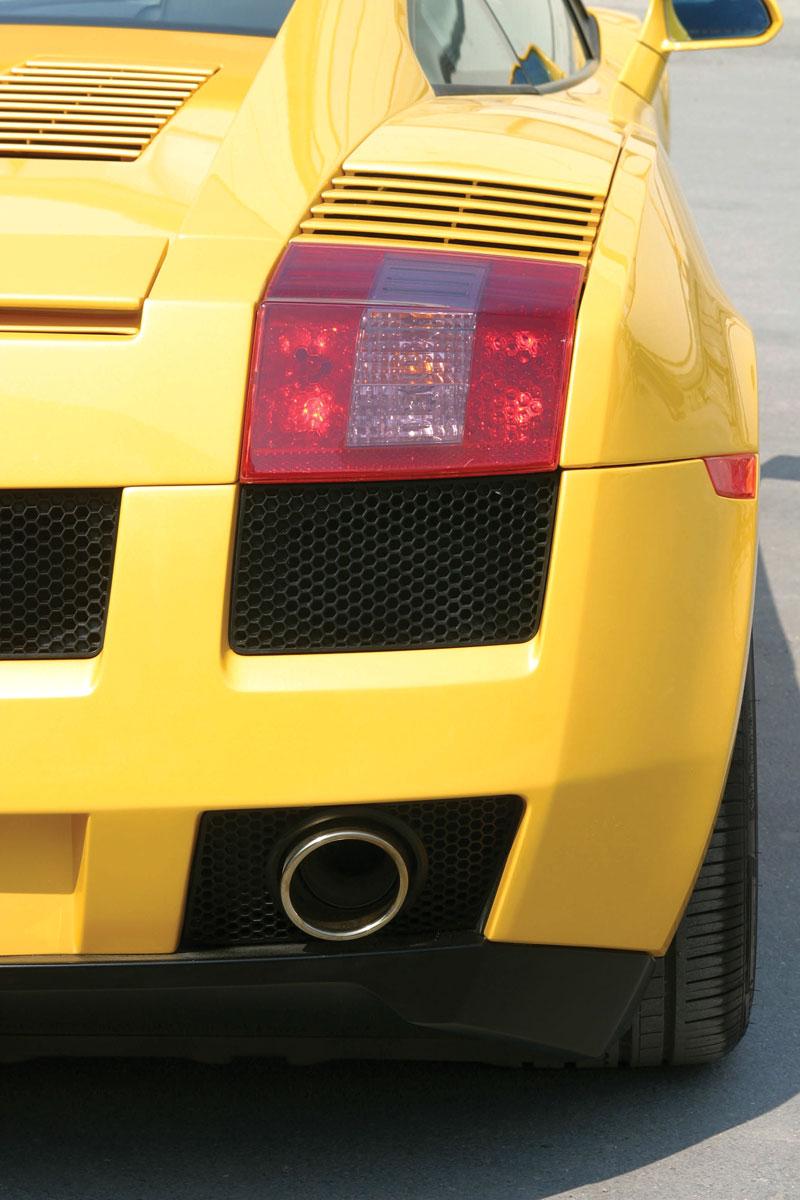Lamborghini Gallardo: vyrobeno už 10 tisíc exemplářů: - fotka 17