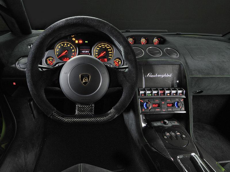Ženeva 2010: Lamborghini Gallardo LP 570-4 Superleggera oficiálně: - fotka 1