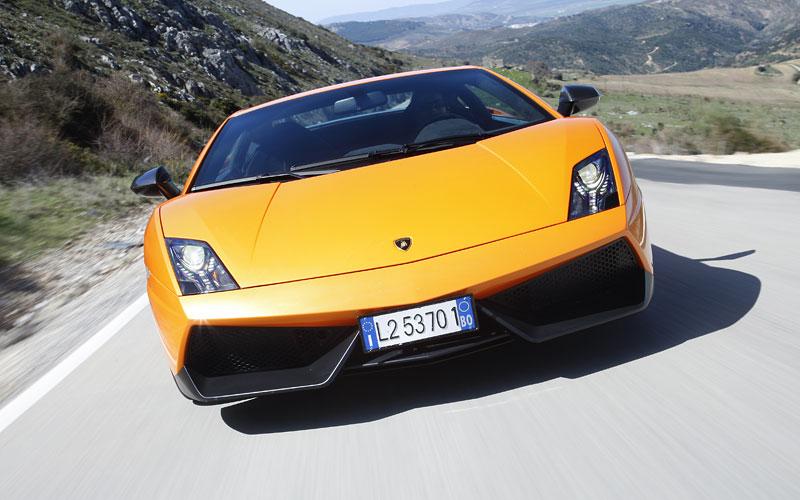 Lamborghini Gallardo LP 570-4 Superleggera: nové akční fotky: - fotka 6