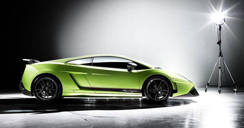 Lamborghini Gallardo LP 570-4 Superleggera: nové akční fotky: - fotka 14