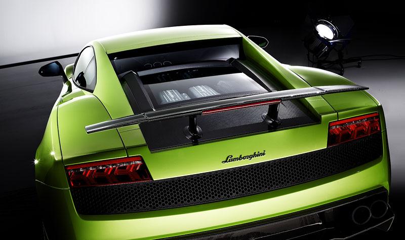 Ženeva 2010: Lamborghini Gallardo LP 570-4 Superleggera oficiálně: - fotka 11