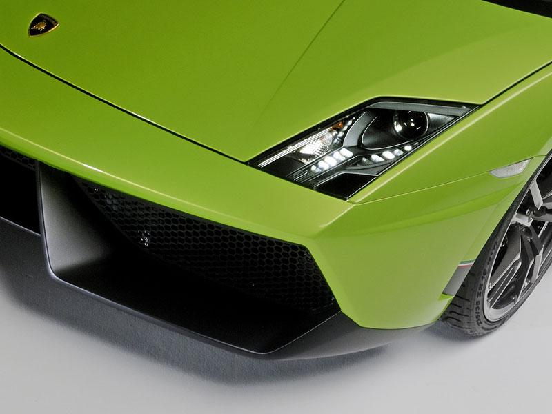 Lamborghini Gallardo LP 570-4 Superleggera: nové akční fotky: - fotka 29