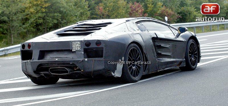 Lamborghini Aventador: unikla první fotografie!: - fotka 22