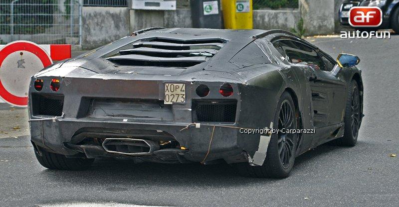 Lamborghini Aventador: unikla první fotografie!: - fotka 24
