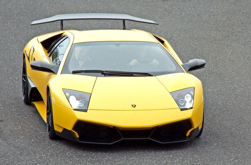 Lamborghini Murciélago LP670-4 SV: První kus dorazil do České republiky: - fotka 9