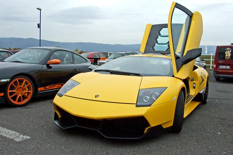 Lamborghini Murciélago LP670-4 SV: První kus dorazil do České republiky: - fotka 10