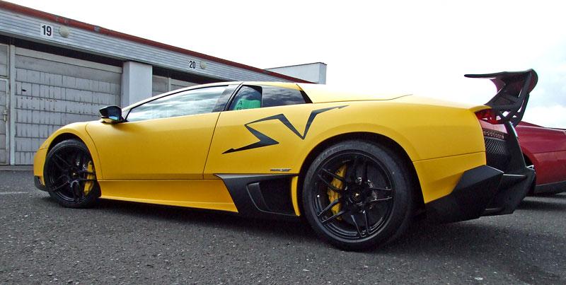 Lamborghini Murciélago LP670-4 SV: První kus dorazil do České republiky: - fotka 21