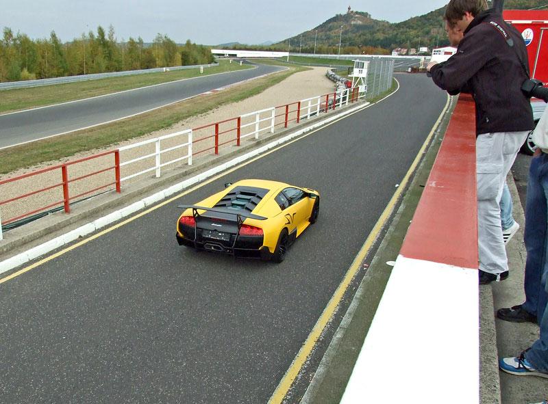 Lamborghini Murciélago LP670-4 SV: První kus dorazil do České republiky: - fotka 23