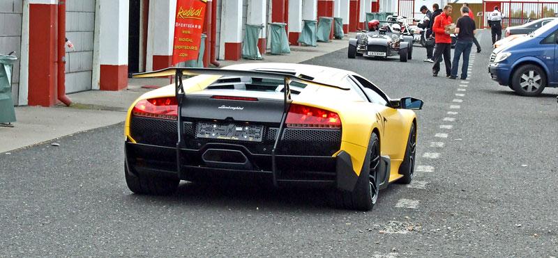 Lamborghini Murciélago LP670-4 SV: První kus dorazil do České republiky: - fotka 24