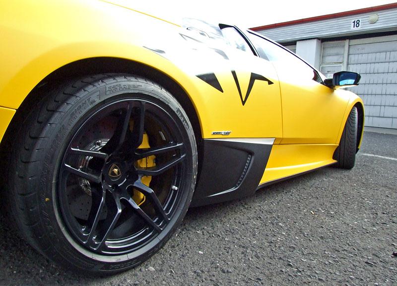Lamborghini Murciélago LP670-4 SV: První kus dorazil do České republiky: - fotka 33