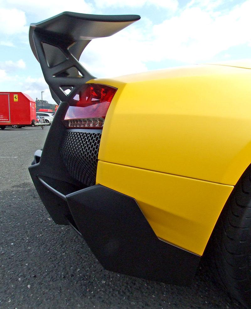 Lamborghini Murciélago LP670-4 SV: První kus dorazil do České republiky: - fotka 34
