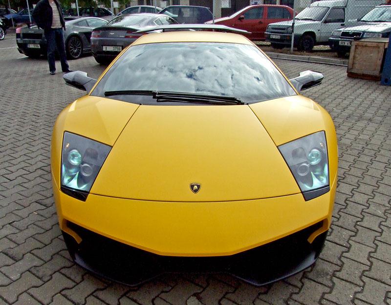 Lamborghini Murciélago LP670-4 SV: První kus dorazil do České republiky: - fotka 38
