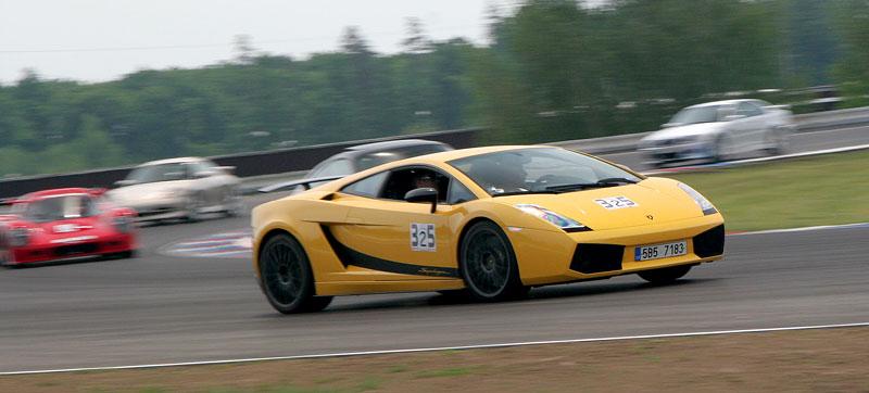 Klub sportovních aut pokřtil asfalt Automotodromu Brno: - fotka 59