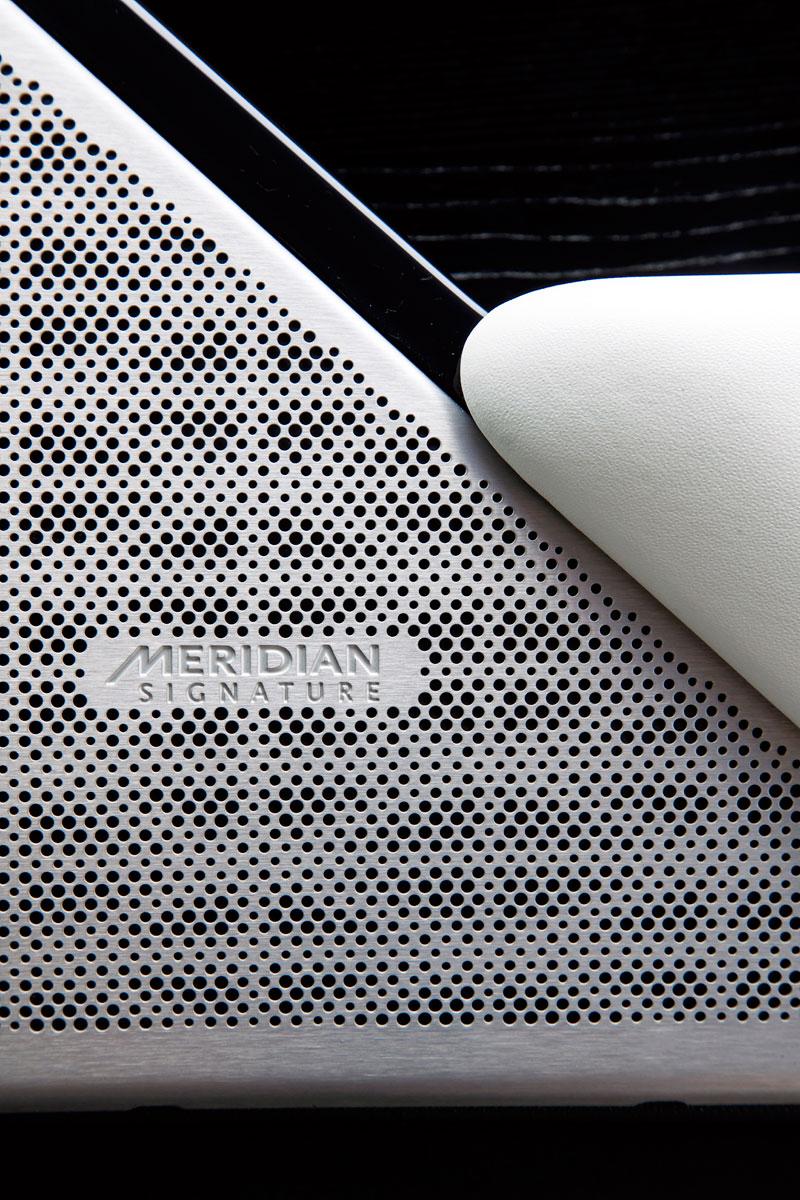 Fungují vysouvací kliky v Range Roveru Velar, i když auto obalí vrstva ledu?: - fotka 15