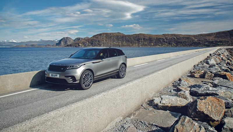 Fungují vysouvací kliky v Range Roveru Velar, i když auto obalí vrstva ledu?: - fotka 32