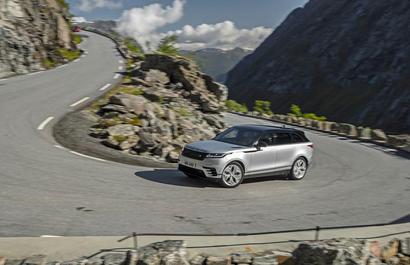 Fungují vysouvací kliky v Range Roveru Velar, i když auto obalí vrstva ledu?: - fotka 43