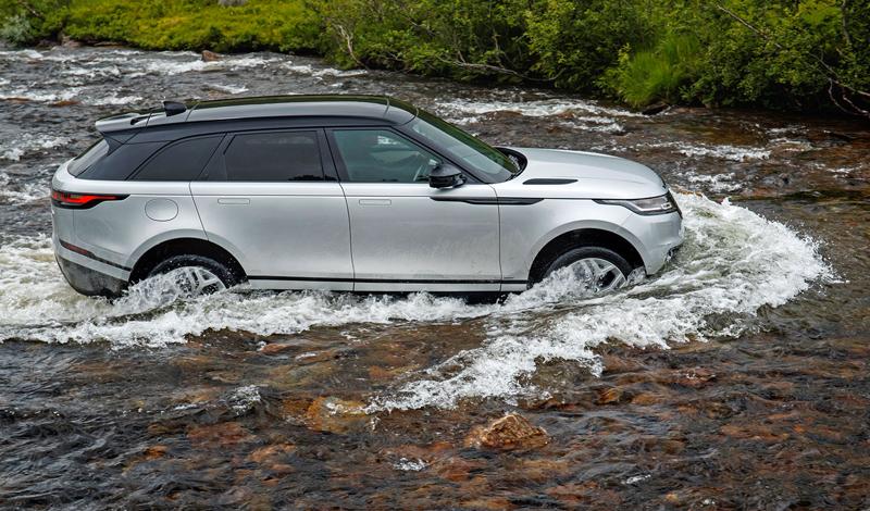 Fungují vysouvací kliky v Range Roveru Velar, i když auto obalí vrstva ledu?: - fotka 66